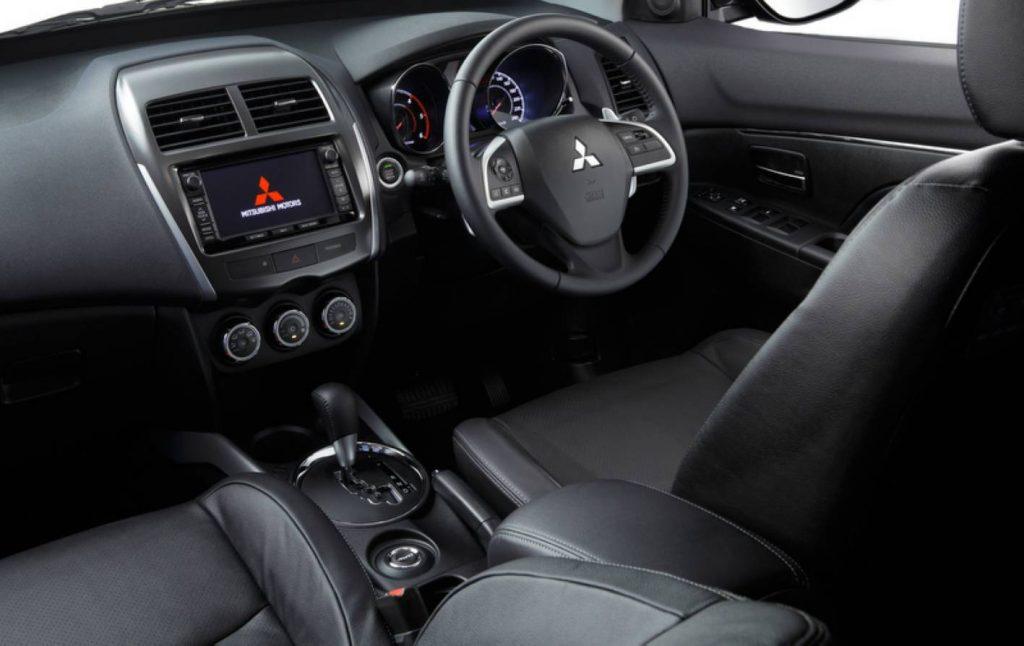 Nissan Juke 2013 салон