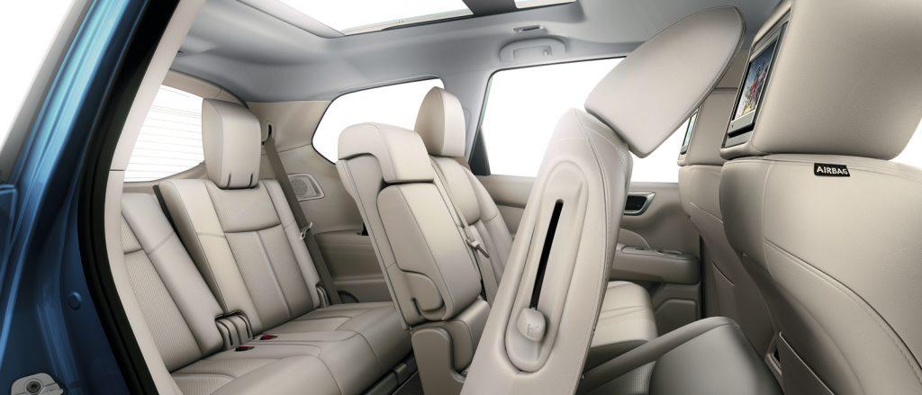 Nissan Pathfinder пассажирские сиденья